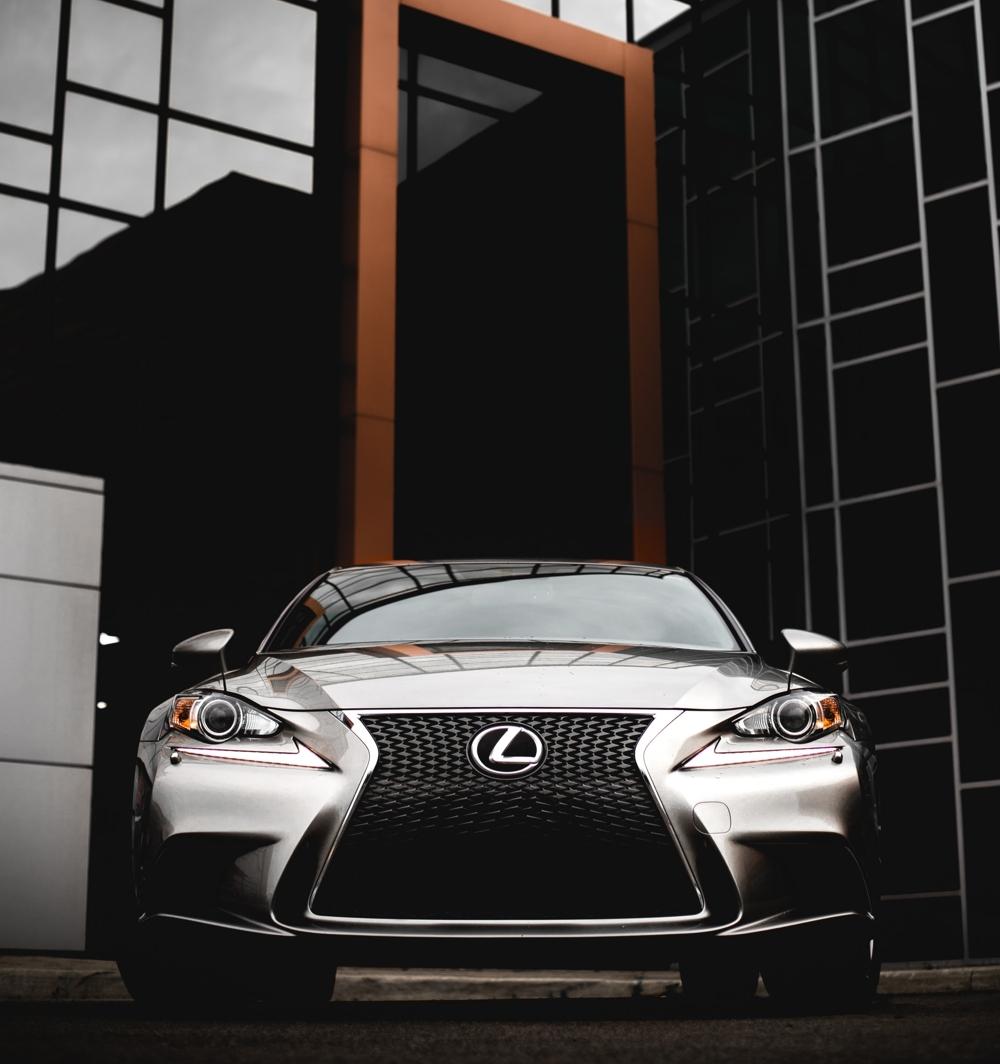 У Lexus появился новый товарный знак LX 600