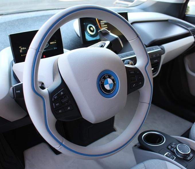 Регистрация нового товарного знака BMW М7