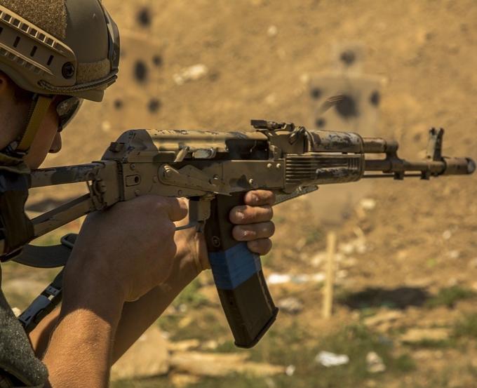 Товарные знаки: Kalashnikov и Калашников