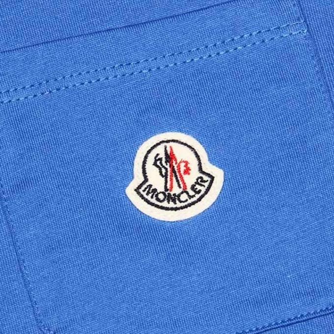 Зарегистрирован официальный товарный знак Moncler (одежда и аксессуары)