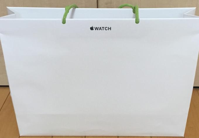 Бумажные пакеты от Apple